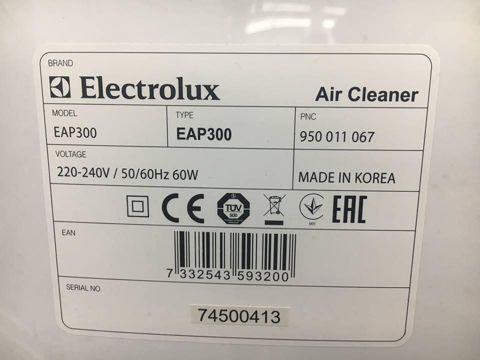 Tabliczka znamionowa oczyszczacza Electrolux EAP300