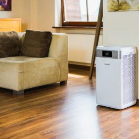 Oczyszczacz powietrza Welltec APH800 w pokoju.