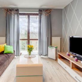 Oczyszczacz powietrza APH420H w pokoju