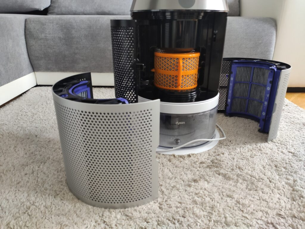 Otwarty oczyszczacz powietrza Dyson Pure Humidify+Cool wraz z filtrami