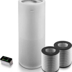 Oczyszczacz powietrza LIFAair LA500 z przodu wraz z filtrami